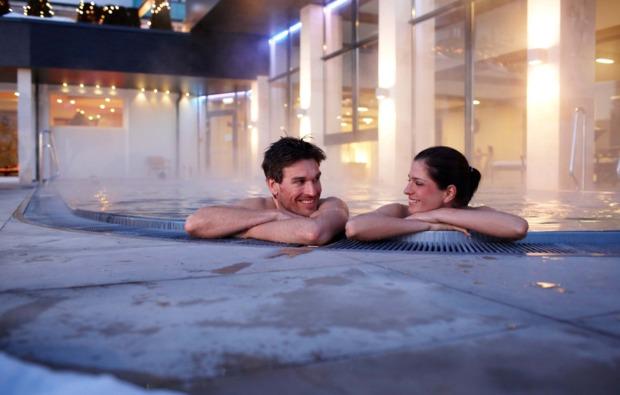 romantikwochenende-st-johann-im-pongau-badespass