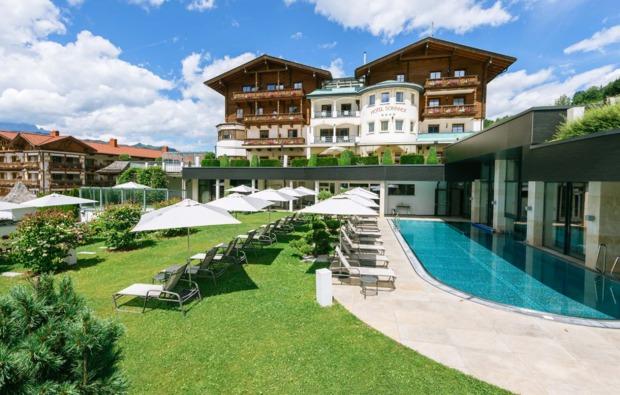 romantikwochenende-st-johann-im-pongau-hotelanlage