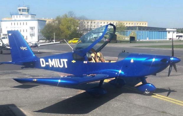 flugzeug-rundflug-neuhausen-ob-eck-flugmaschine
