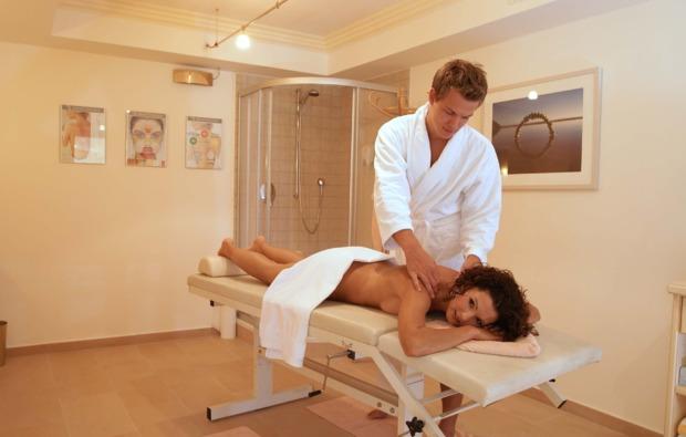 kuschelwochenende-leutasch-massage