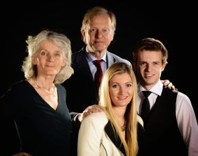 familien-fotoshooting-trostberg-familie-mit-zwei-kindern