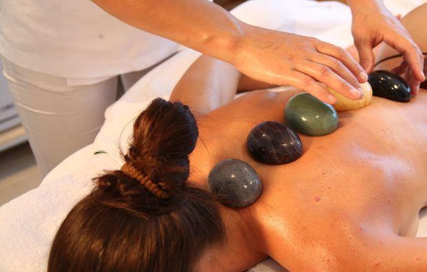 hot-stone-massage-villach-ruecken