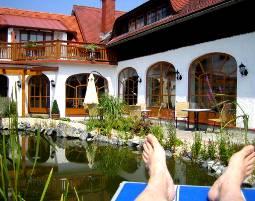 6-zauberhafte-unterkunft-huegellandhof-uitz-neuhaus