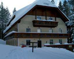 2-zauberhafte-unterkunft-pension-koderholt-moenichkirchen-winter
