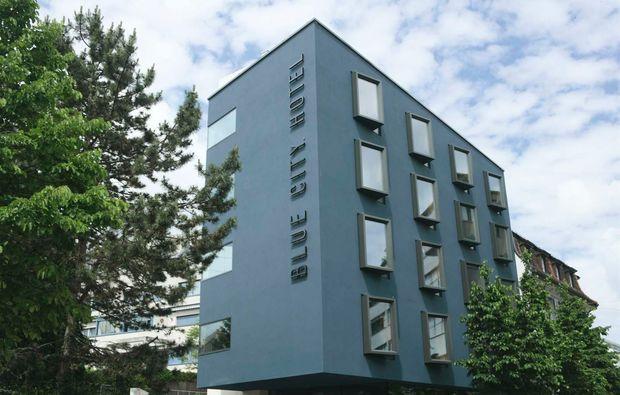 wellnesshotel-baden-blue-city