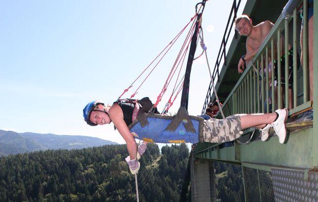 house-running-jauntalbruecke-in-kaernten-adrenalin