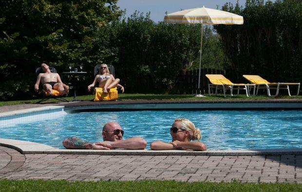 zauberhafte-unterkuenfte-ratsch-an-der-weinstrasse-schwimmbad