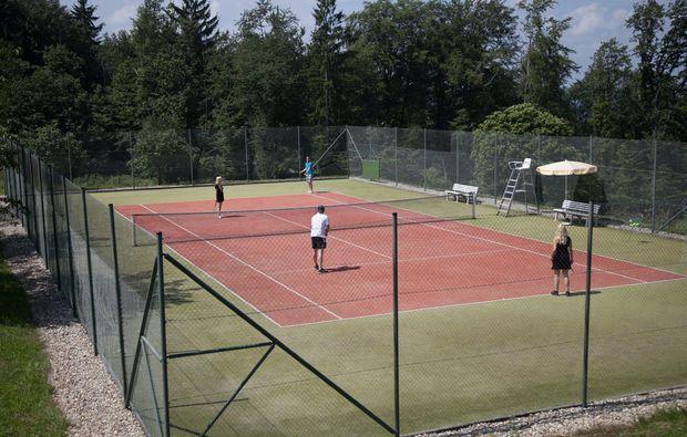 zauberhafte-unterkuenfte-ratsch-an-der-weinstrasse-tennis