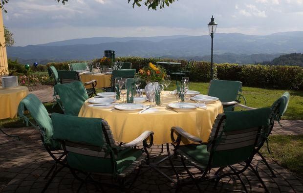 zauberhafte-unterkuenfte-ratsch-an-der-weinstrasse-terrasse
