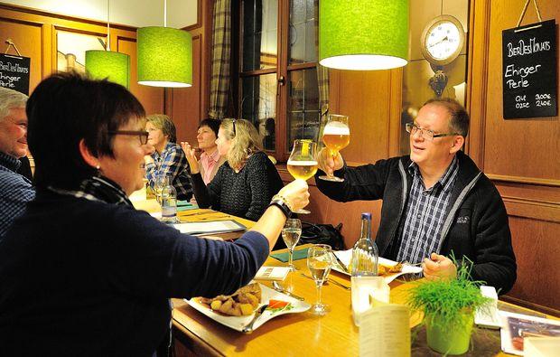 kurztrip-fuer-bierliebhaber-ehingen-feiern