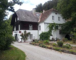 landhaus-von-aussen