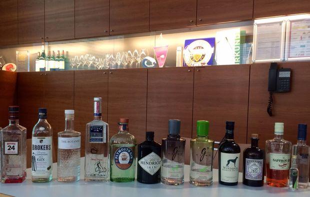 gin-verkostung-dornbirn-flaschen