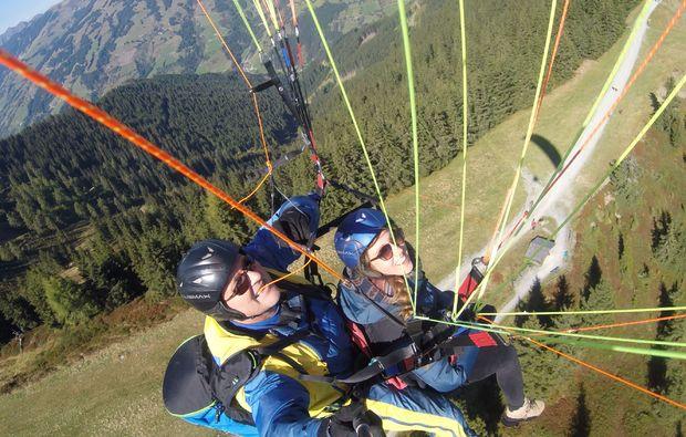 gleitschirm-tandemflug-piesendorf-adrenalin
