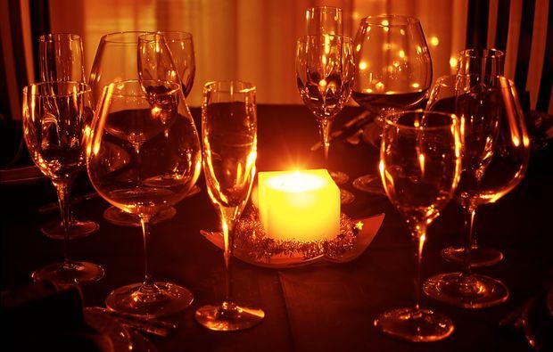 candle-light-dinner-fuer-zwei-steyr-wein