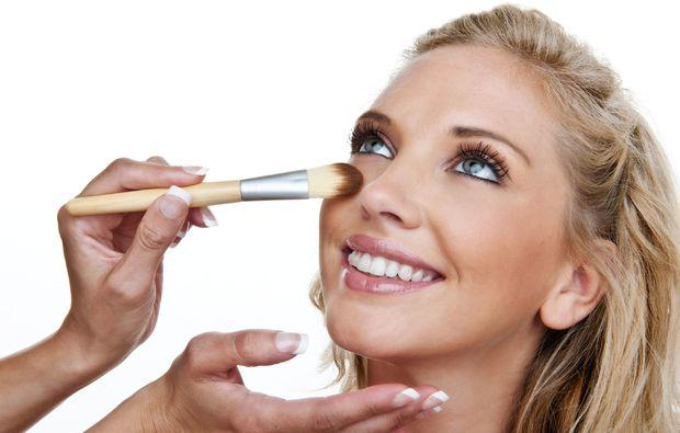 make-up-beratung-linz-auszeit