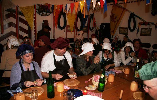 ritteressen-fuer-zwei-perchtoldsdorf-freunde