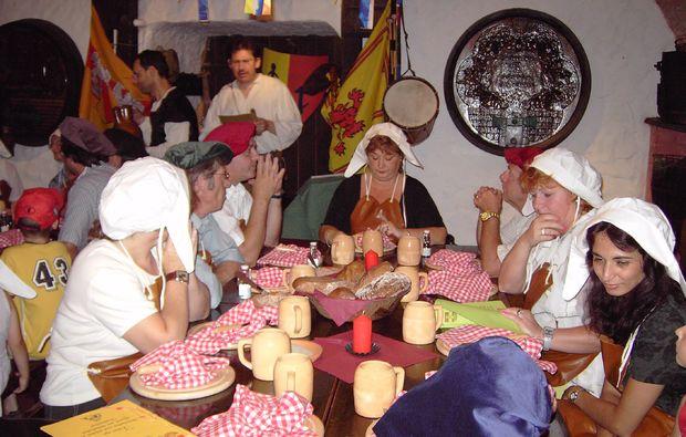 ritteressen-fuer-zwei-perchtoldsdorf-indoor