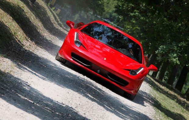 ferrari-selber-fahren-maranello-sportwagen