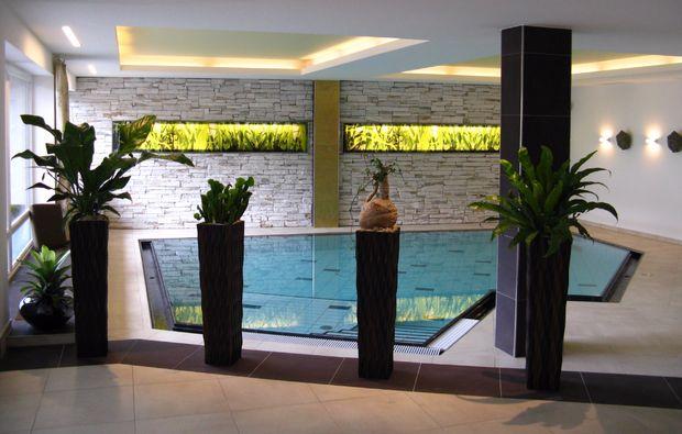 landhotels-weissensee-schwimmbad