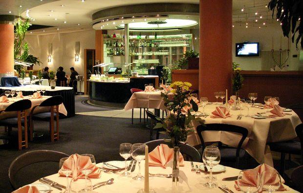 staedtetrips-stuttgart-restaurant-fruehstueck