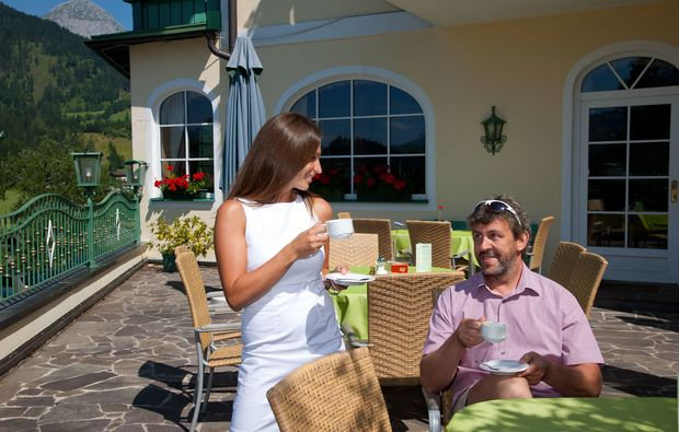 wellnesshotels-st-martin-am-tennengebirge-terrasse