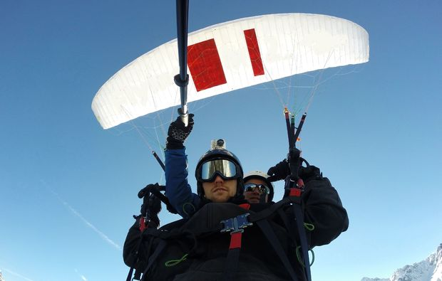 gleitschirm-tandemflug-silbertal-paragliding