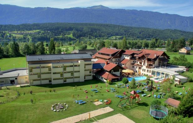 wellnesshotel-hermagor-hotelanlage