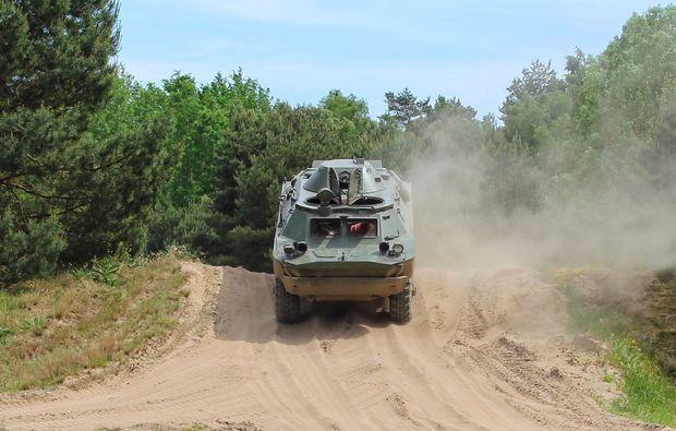 panzer-selber-fahren-mahlwinkel-frontansicht