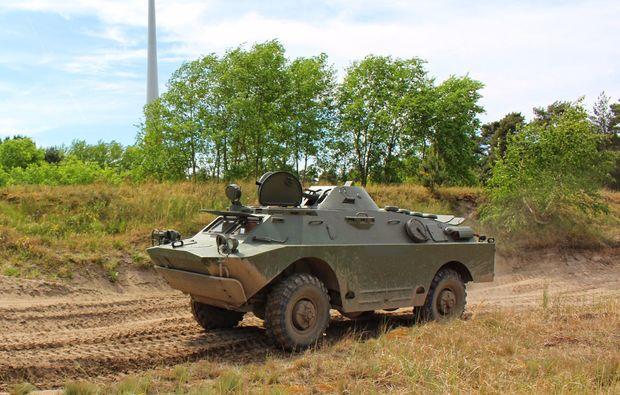 panzer-selber-fahren-mahlwinkel-militaerfahrzeug