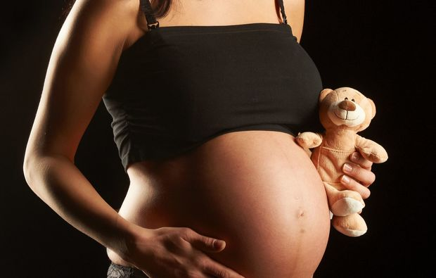 babybauch-fotoshooting-salzburg-baby