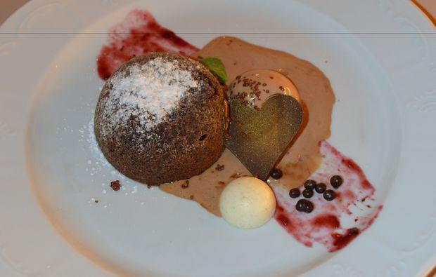 candle-light-dinner-fuer-zwei-steyr-nachspeise