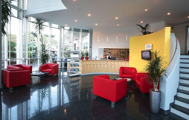 romantikwochenende-klagenfurt-lobby