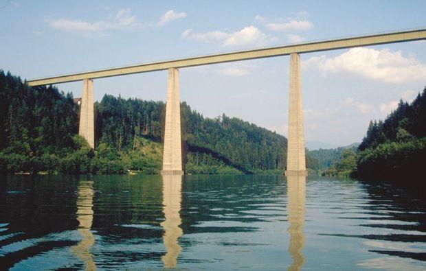 bungee-jumping-jauntalbruecke-jauntalbruecke-in-kaernten-bridge-snapshot