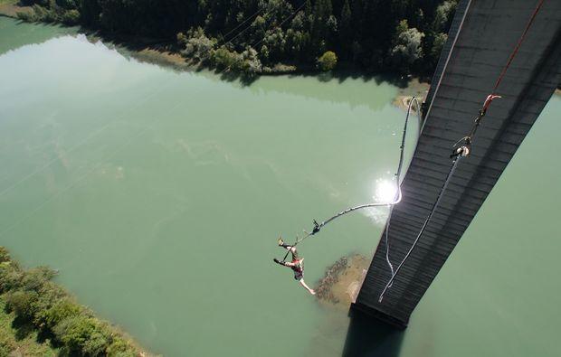 bungee-jumping-jauntalbruecke-jauntalbruecke-in-kaernten-tf-pic