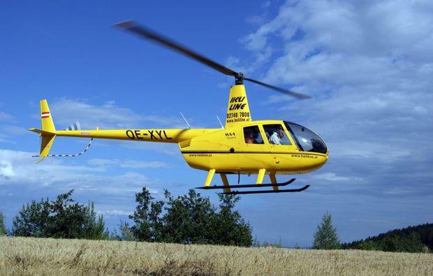 hubschrauber-rundflug-krems-flug