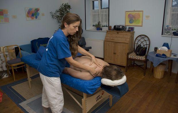 aromaoelmassage-loipersdorf-bei-fuerstenfeld-massage