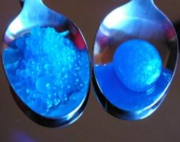 molekularer_kaviar_blau