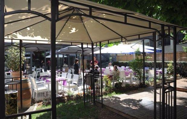 genf-restaurant-terrasse1507293916