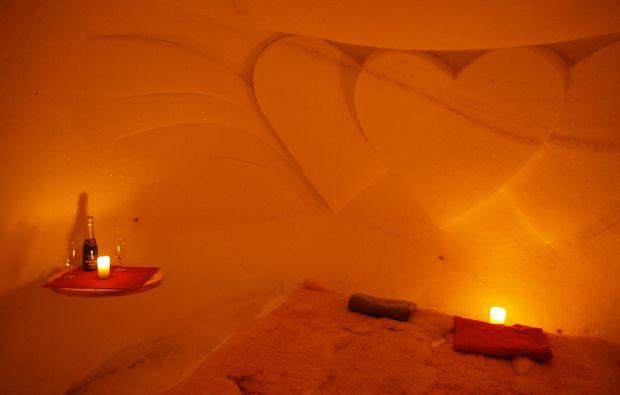 oetz-uebernachtung-im-romantik-iglu