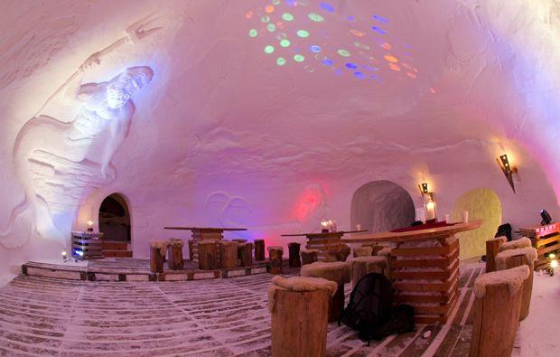 uebernachtung-im-romantik-iglu-oetz-restaurant
