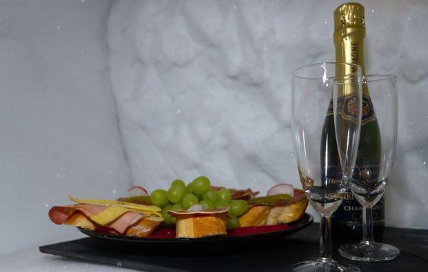 uebernachtung-im-romantik-iglu-oetz-romantisch