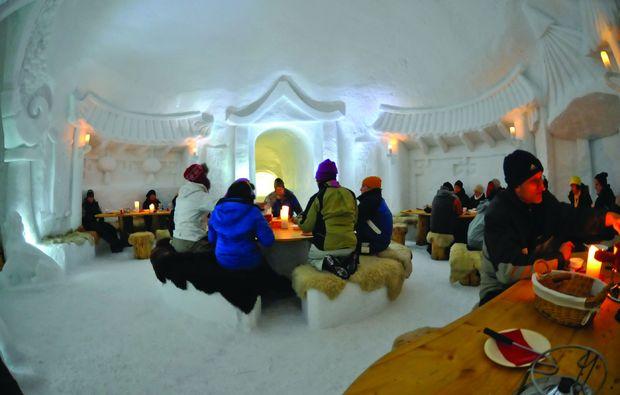 kaesefondue-davos-klosters-iglu