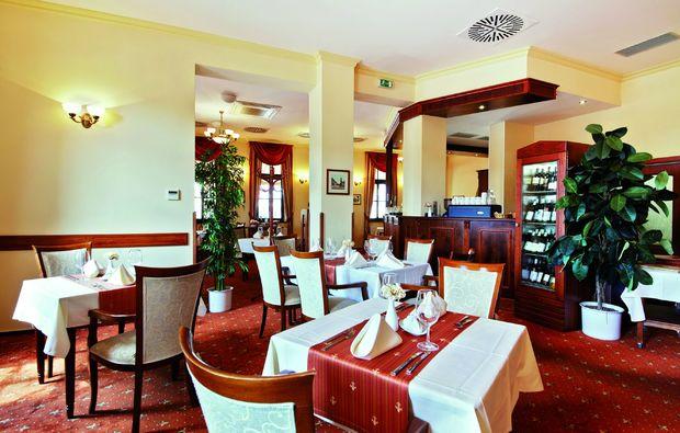 romantikwochenende-hlubok-nad-vltavou-restaurant