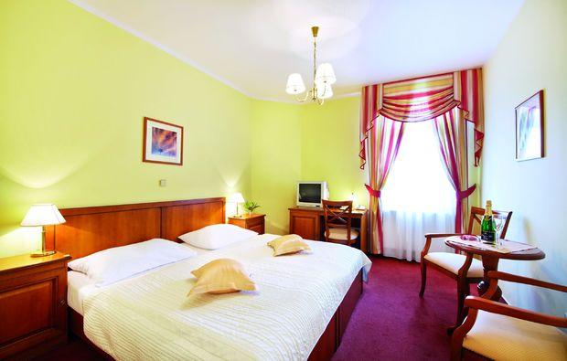 romantikwochenende-hlubok-nad-vltavou-schlafzimmer
