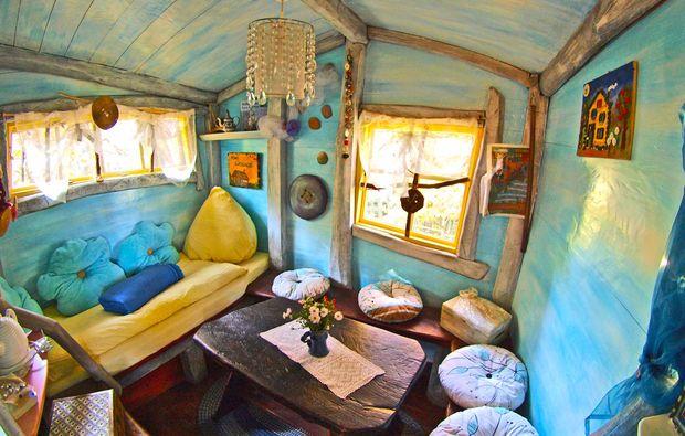 bernachten im baumhaus in nei eaue sachsen mydays. Black Bedroom Furniture Sets. Home Design Ideas