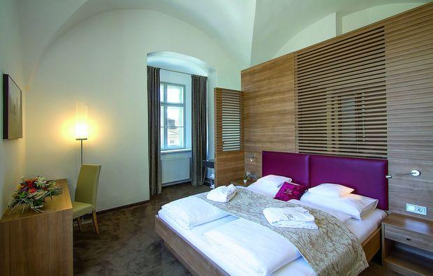 romantikwochenende-hainburg-ad-donau-schlafzimmer