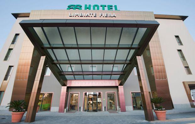 hotel-breakfast-essen_61511279186