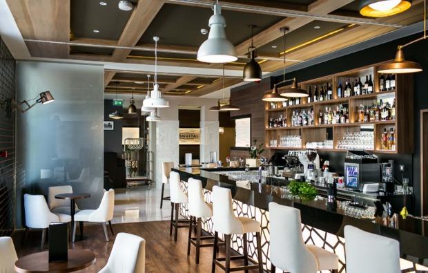 wochenendtrip-heviz-hotelbar