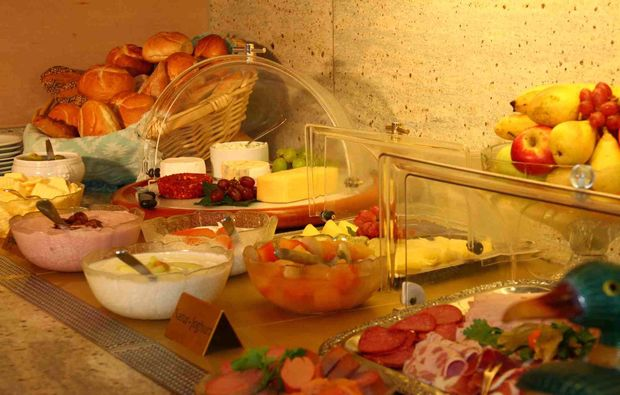 3-days-you-me-nuernberg-buffet-dessert