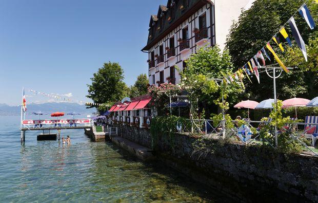 evian-restaurant-bains